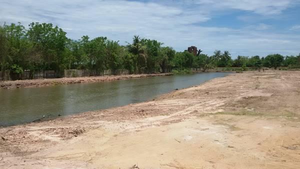 ขายที่ดินทำเลดี 20 ไร่ รวมน้ำ ซอยเขามะกอก 13/1 ห้วยใหญ่ ชลบุรี ไม่ไกลจากตลาดน้ำสี่ภาค โทร : 081-9957735
